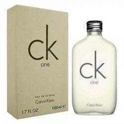 Calvin Klein Ck One edt vapo 100 mlprofumo unisexFamiglia: fiorito-speziato Testa: bergamotto, cardamomo, ananas fresc